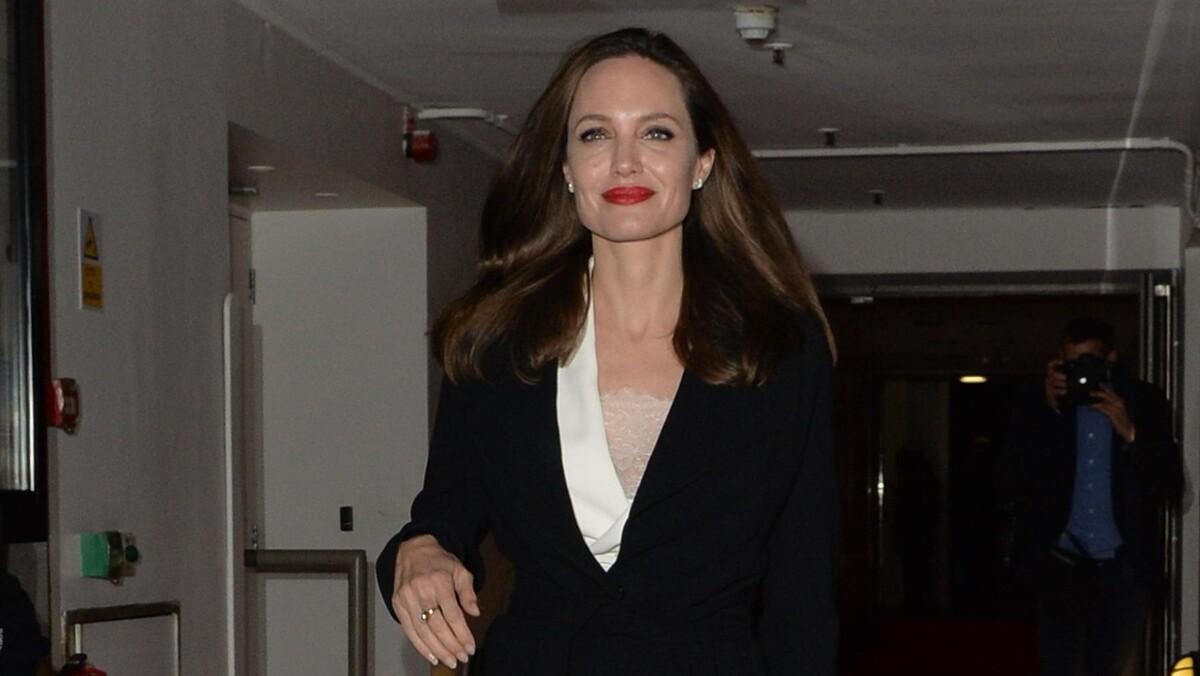 Где был Питт? Анджелина Джоли обвинила известного режиссера в домогательствах
