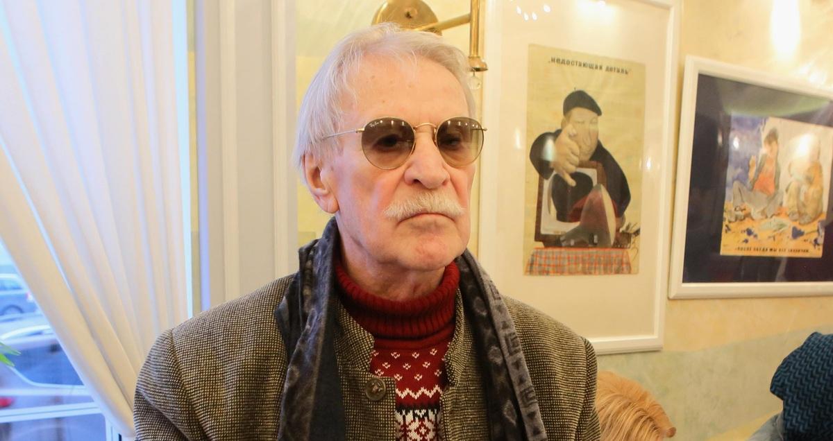«Рвется в бой»: Иван Краско отказался от реабилитации, чтобы попасть в театр