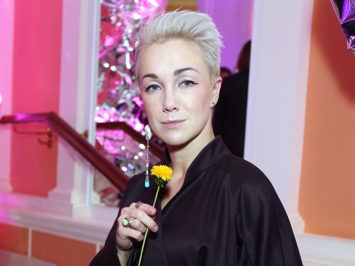 «Мы же не станки строгаем»: Дарья Мороз рассказала о тяжелой актерской профессии