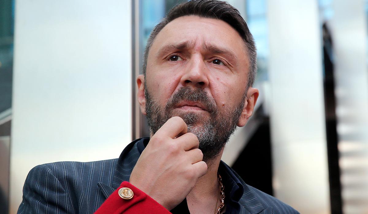«А волосы ты вырвал сам»: Сергей Шнуров ответил Иосифу Пригожину на призыв его наказать