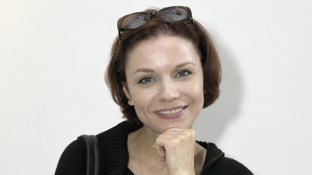«Ему должно быть стыдно»: Зудина объяснила, почему сын Табакова год скрывал дочь
