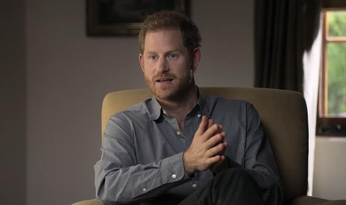 Откровения блудного сына: как Великобритания отреагировала на новую книгу Гарри