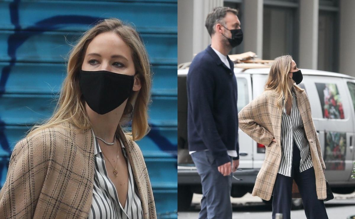 Фото: Дженнифер Лоуренс запечатлели на прогулке с мужем в Нью-Йорке