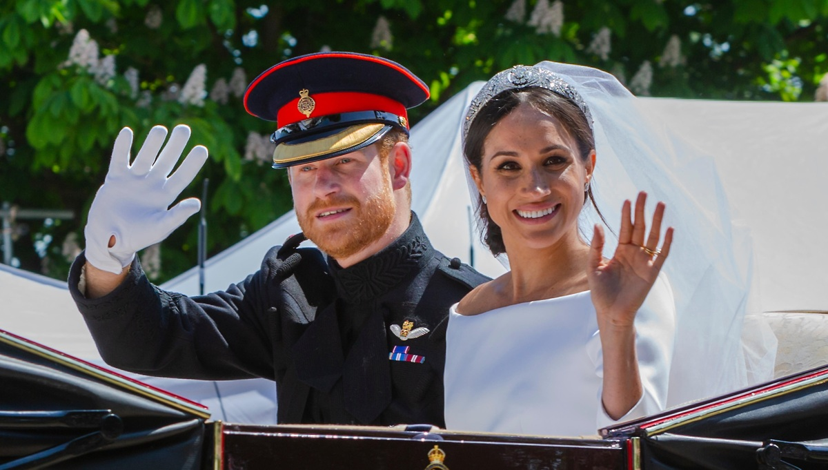 Жуть: как выглядели бы члены британской королевской семьи с идеальными лицами