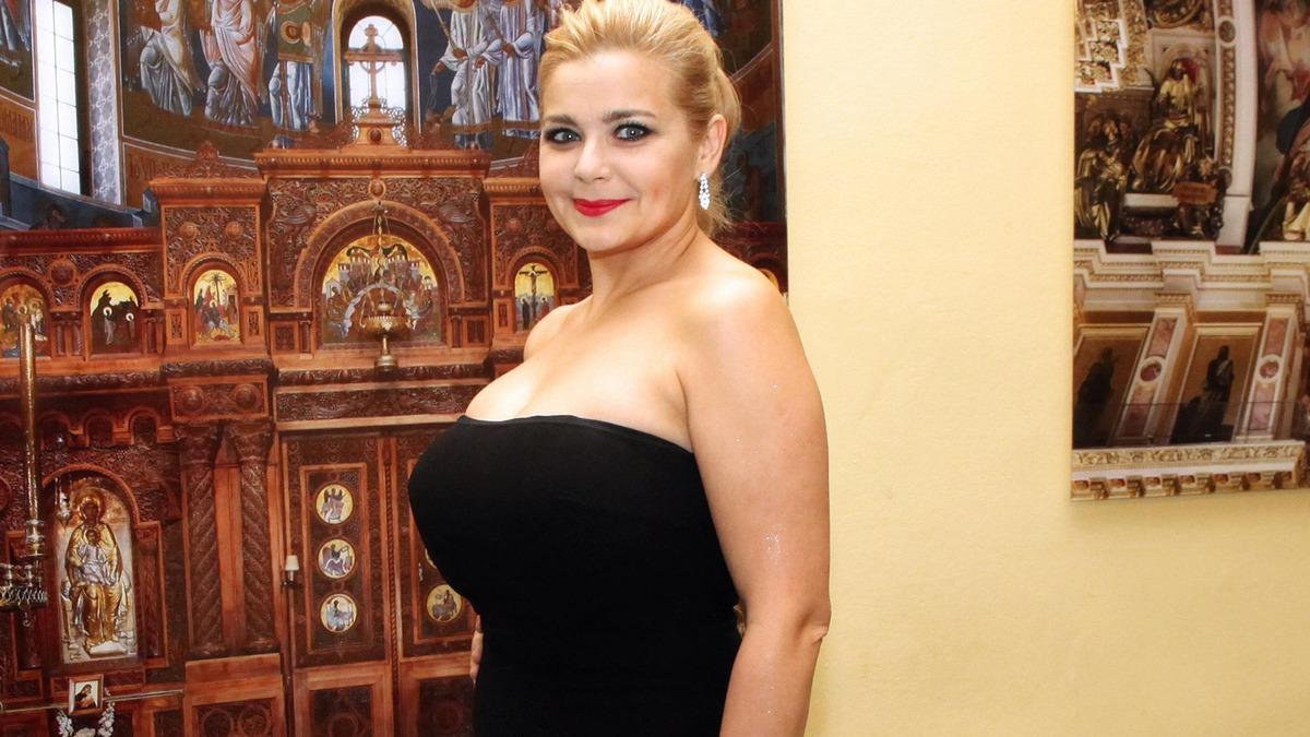 «Вы вновь влюблены?»: свежее фото моложавой Ирины Пеговой произвело фурор в Сети