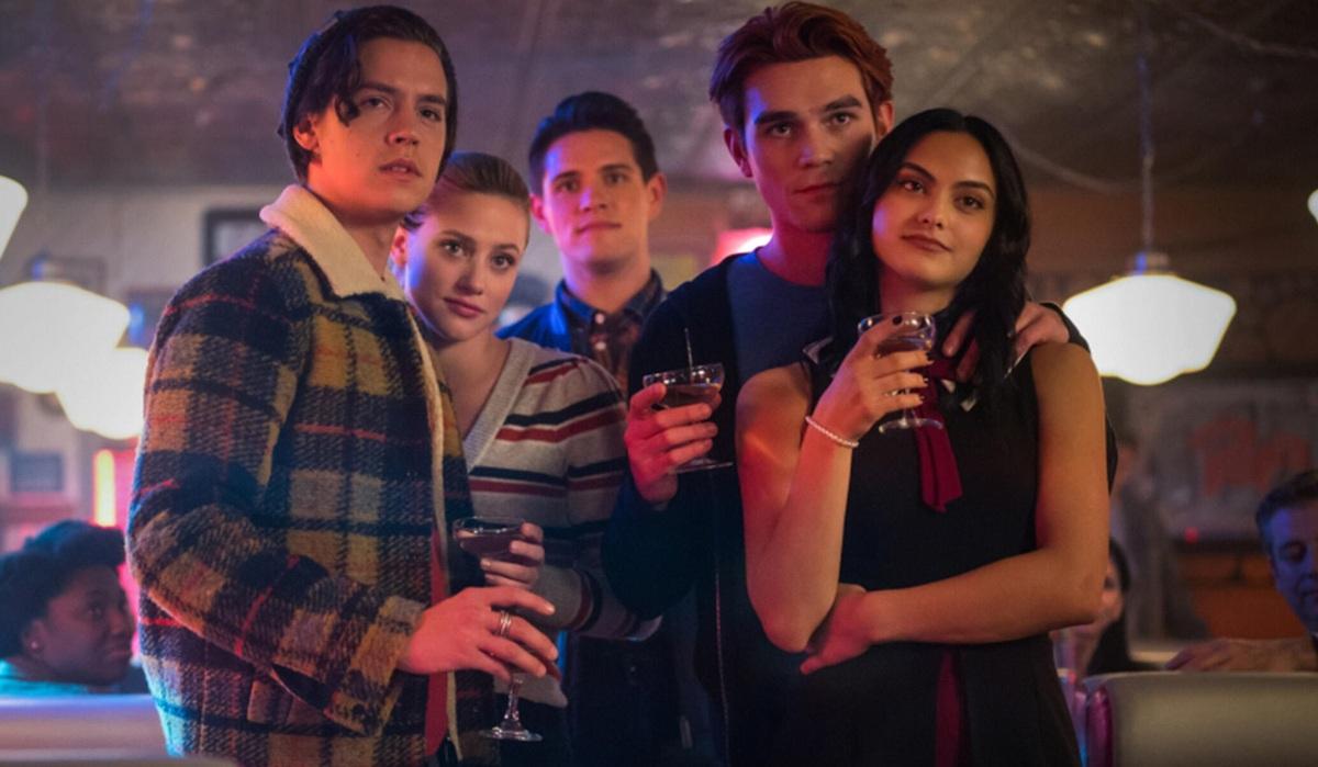 Пятый сезон «Ривердейла»: когда состоится премьера и чего ждать от новых серий