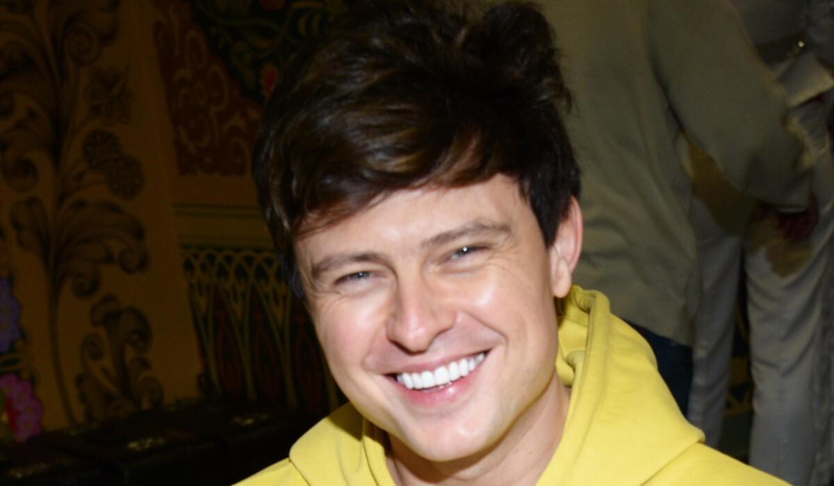 Внешность Шаляпина критикуют в сети: «Зубки вставные, парик и морщины»