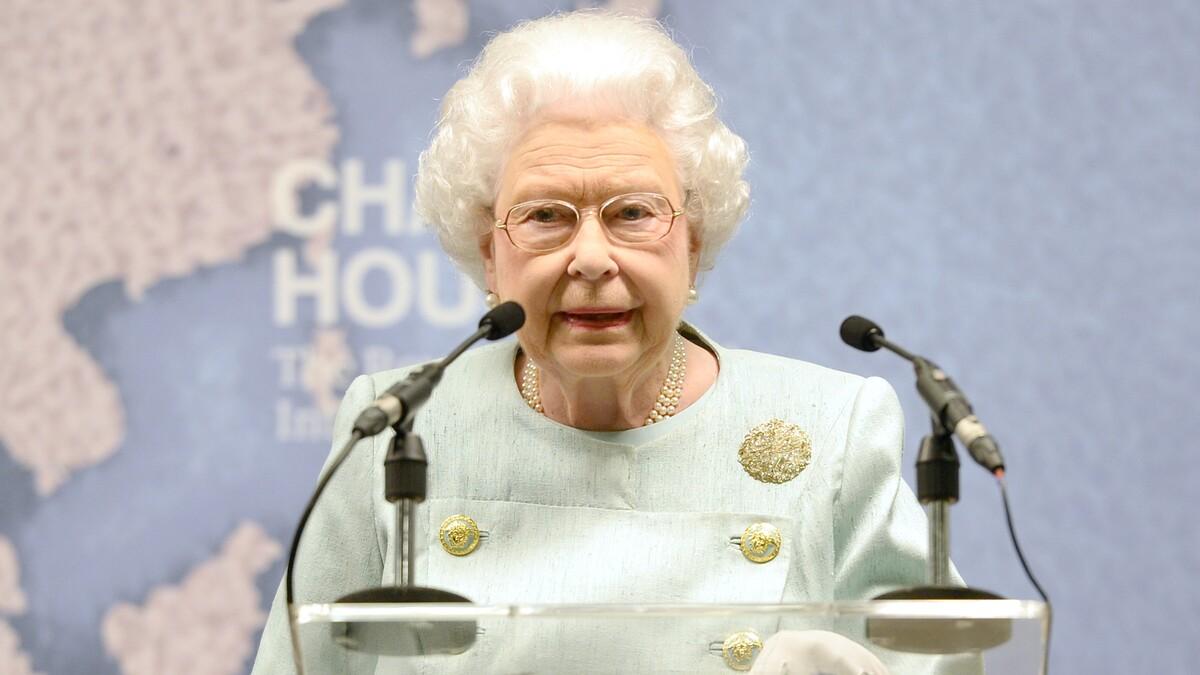 Спустя полгода: королева Елизавета прервала молчание о принце Филиппе