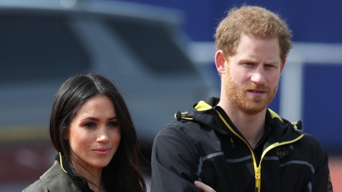 Миллионный ущерб: сколько денег потеряли Гарри и Меган из-за бегства из королевской семьи