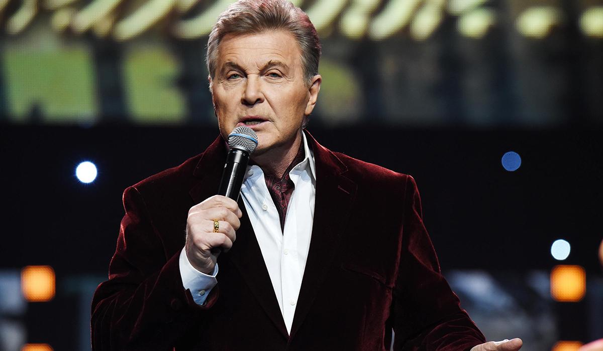 «Никому это не запрещается»: Лев Лещенко ответил на желание Ольги Бузовой спеть гимн