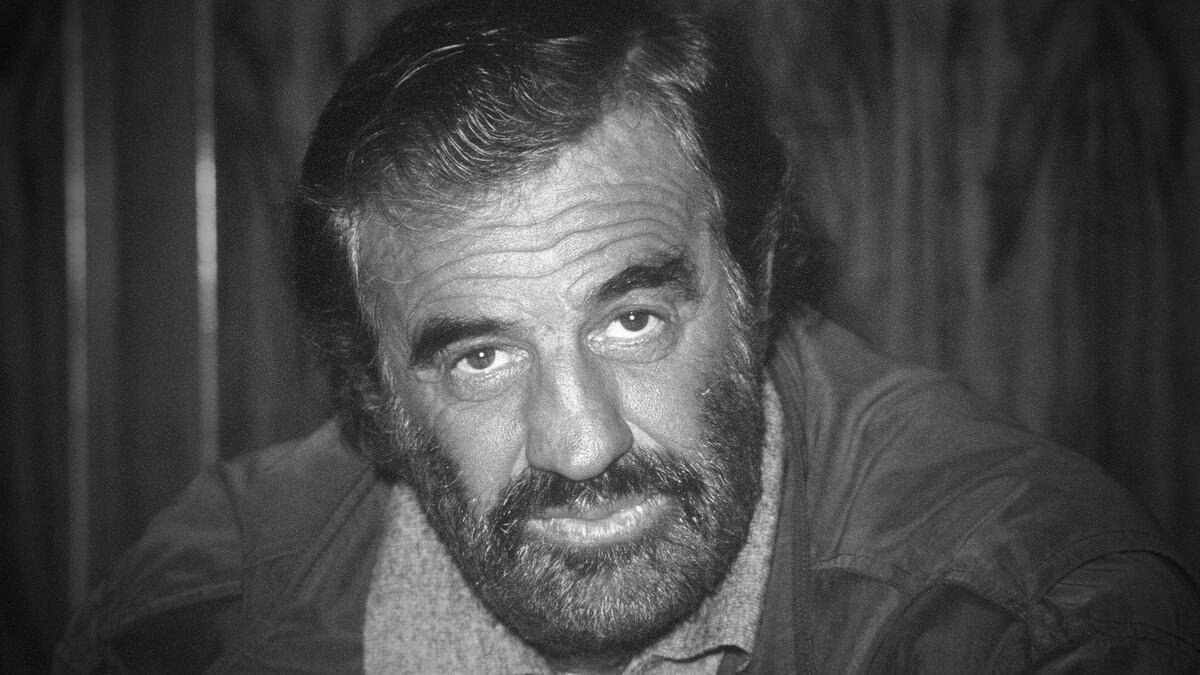 Безупречно стрелял и красиво курил: умер культовый актер Жан-Поль Бельмондо