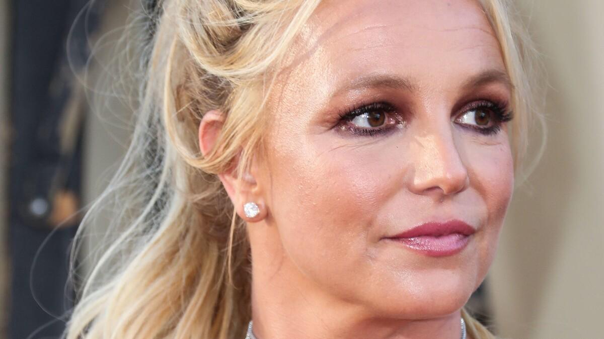 Бритни Спирс пичкали наркотиками: «Теряла рассудок и говорила о параллельных мирах»