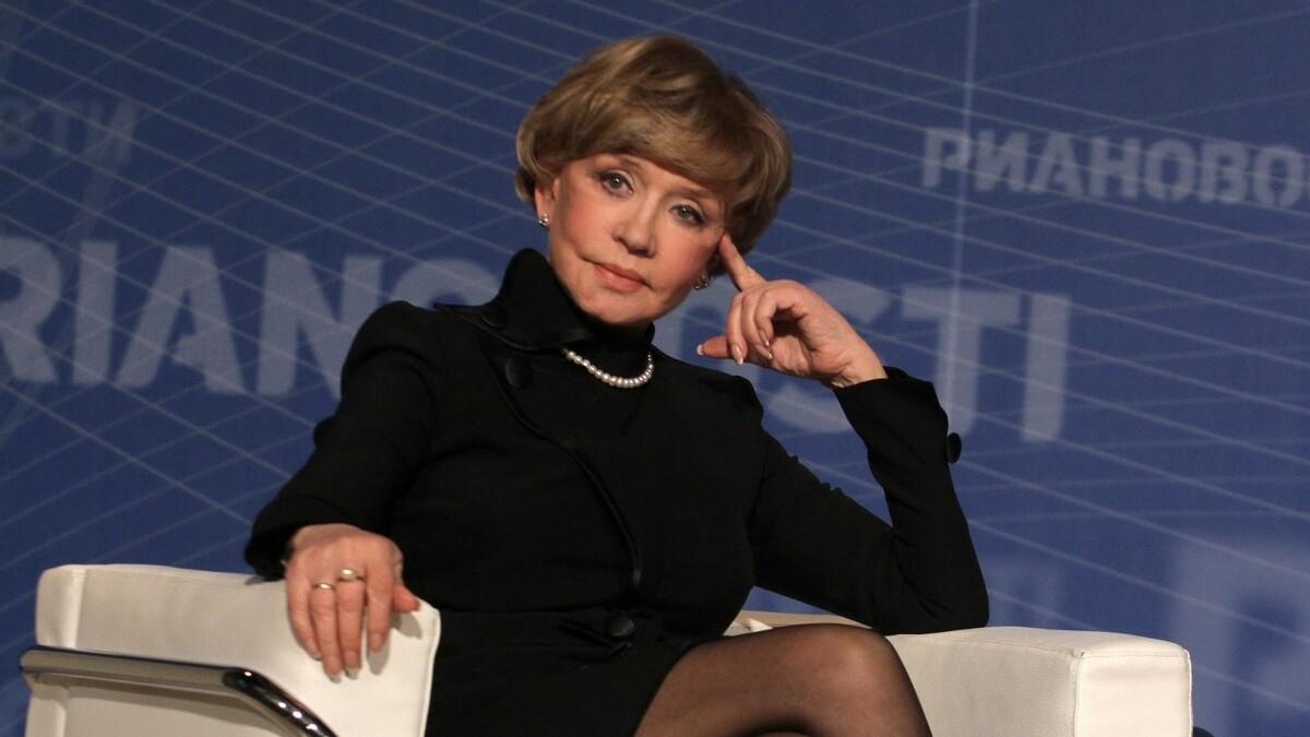 Хранит верность не только Меньшову: коллега Алентовой раскрыла секрет актрисы