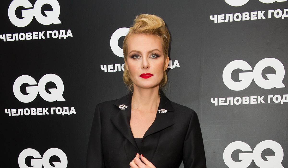 Рената Литвинова сравнила «невинную» дочь с «прожженными» студентками