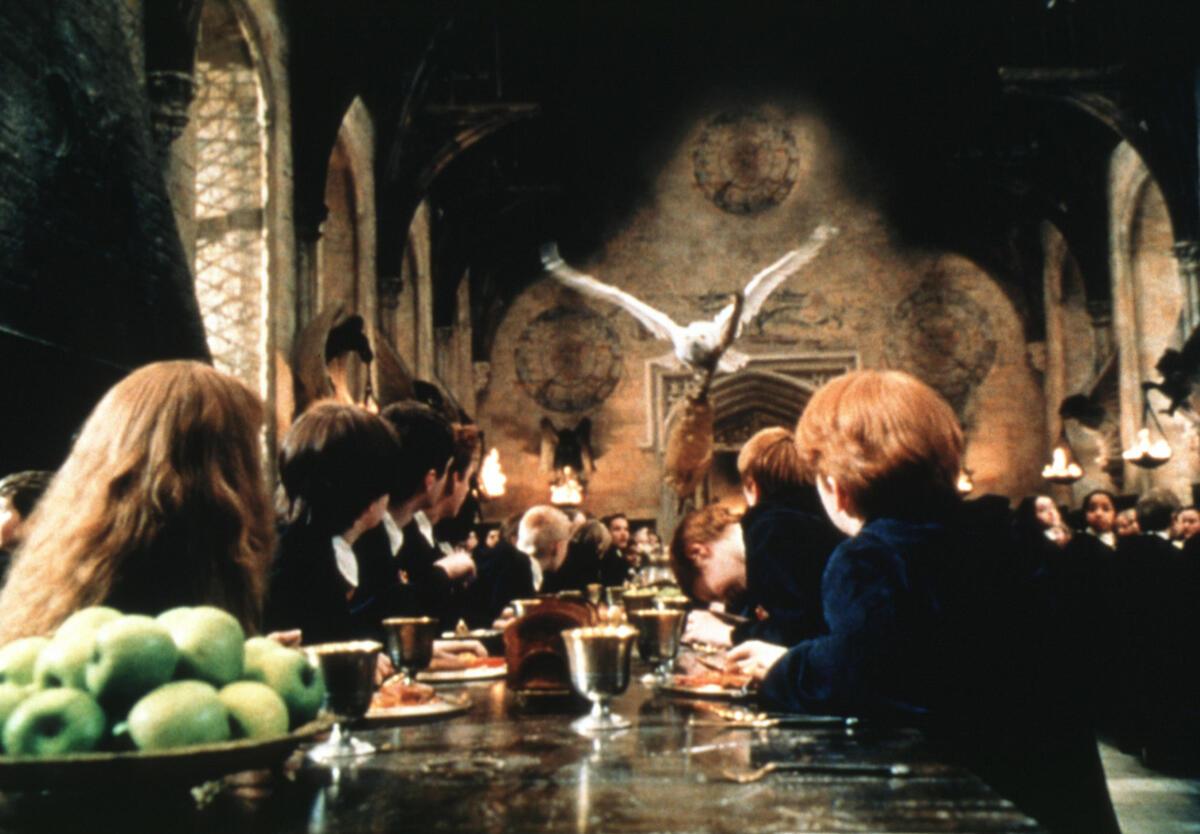 Тест: кто вы из привидений Хогвартса?