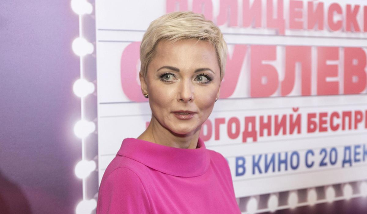 «Жара, романтика»: Дарья Повереннова поделилась фотосессией с мужем
