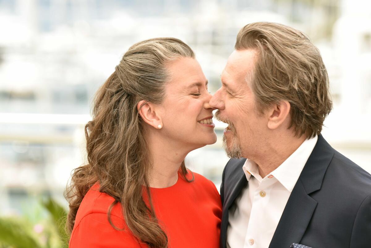 Теперь вы муж и жена: звезды-рекордсмены по количеству браков