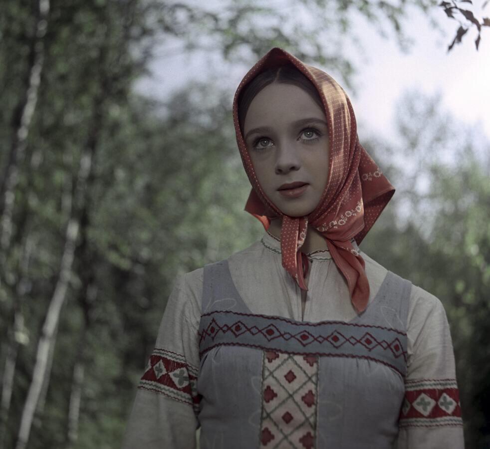 Тест: ответь на 8 вопросов, и мы скажем, какая ты царевна из русских сказок