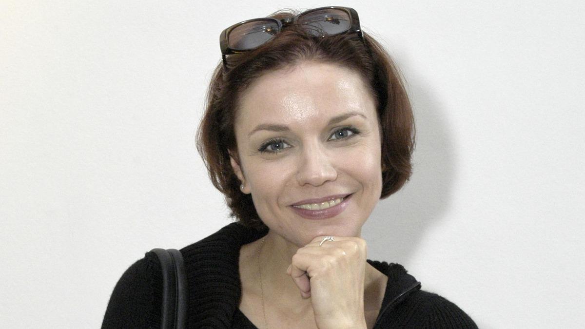 «Недавно ходила в собес»: 55-летняя вдова Табакова Зудина оформила себе пенсию
