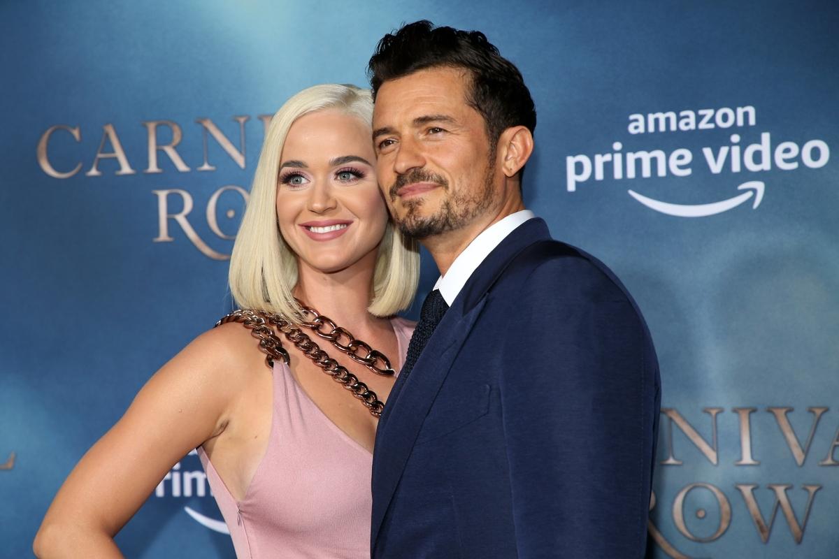 СМИ: Кэтти Перри и Орландо Блум отложили свадьбу, но «все еще очень влюблены»