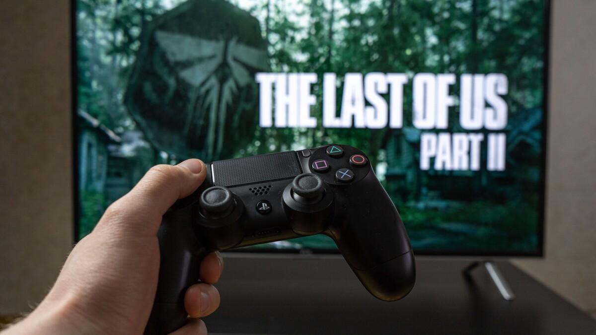 Кантемир Балагов в деле: первые фото со съемок The Last of Us