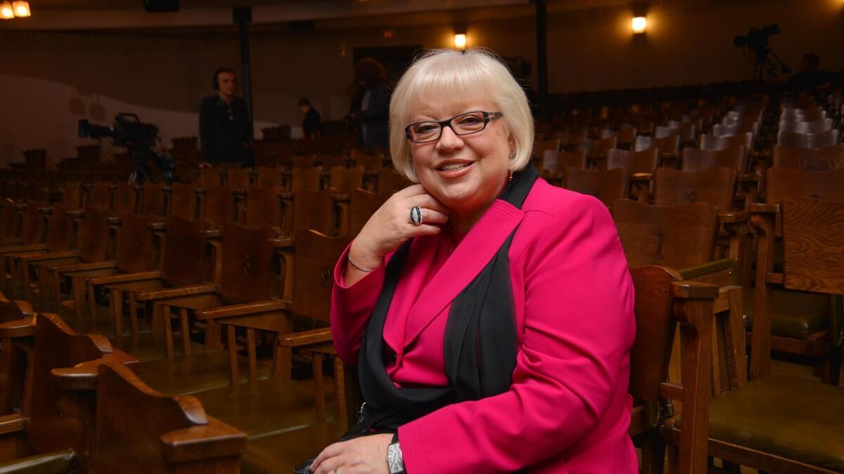 В память о муже: Крючкова рассказала о новой книге