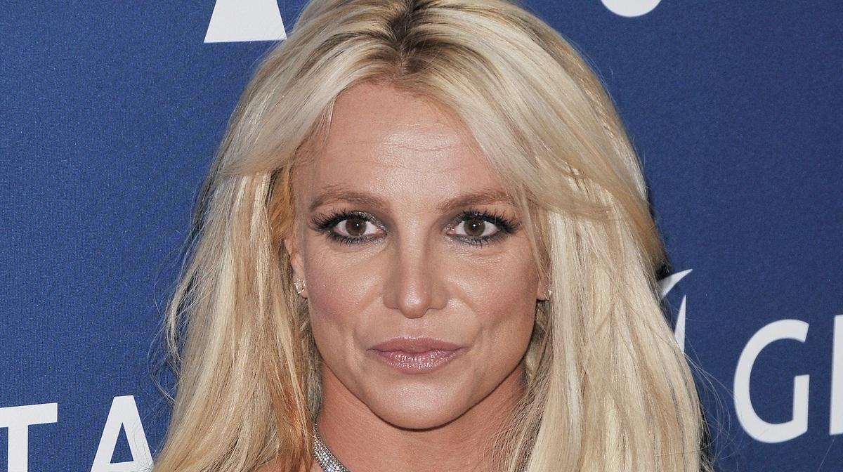 Бритни Спирс снова оказалась в центре скандала