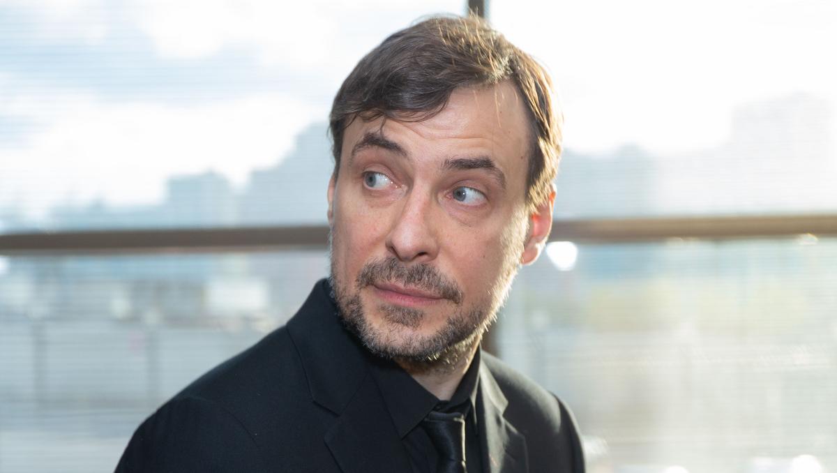 «Теперь возникают трудности»: Евгений Цыганов удивил фактом о дочери