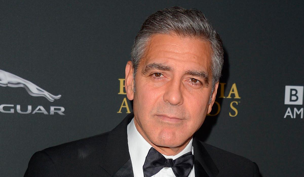 Джордж Клуни предложил «придушить» полицейского, убившего Джорджа Флойда