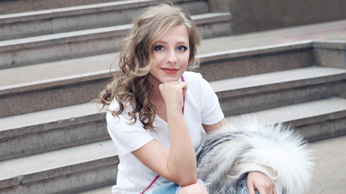 «Можно было привести себя в порядок»: Арзамасова поделилась усталыми кадрами с выписки