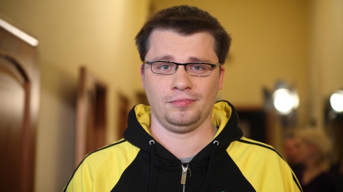 «Гарик, ты спалился»: Харламова поймали на обмане про личную жизнь