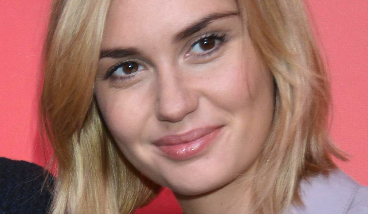 Агата Муцениеце назвала «клеветой» новость о романе с женатым режиссером «Текста»