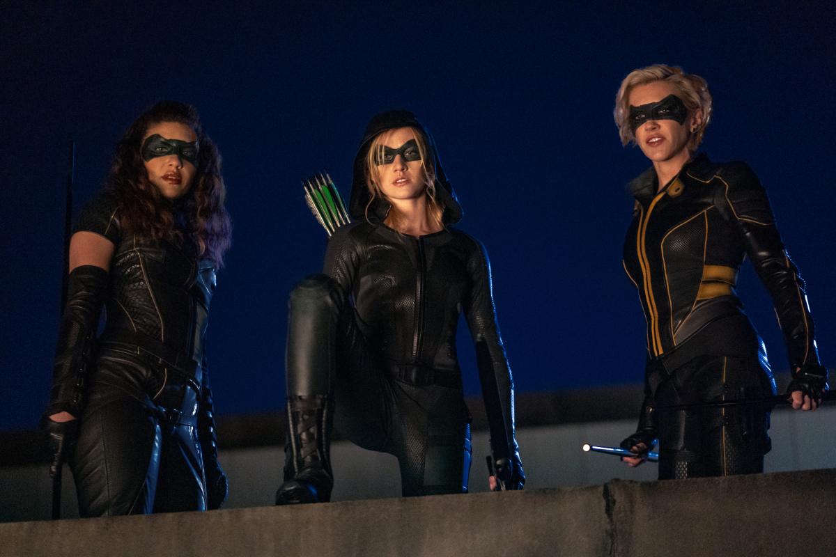 Слух: Warner Bros планирует полнометражный фильм о Зеленой Стреле и Черной Канарейке