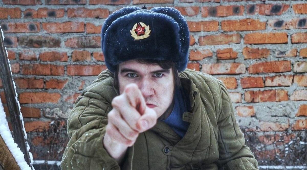 «Поколения взращены на злодеях»: BadComedian о моде Голливуда на «злых русских»