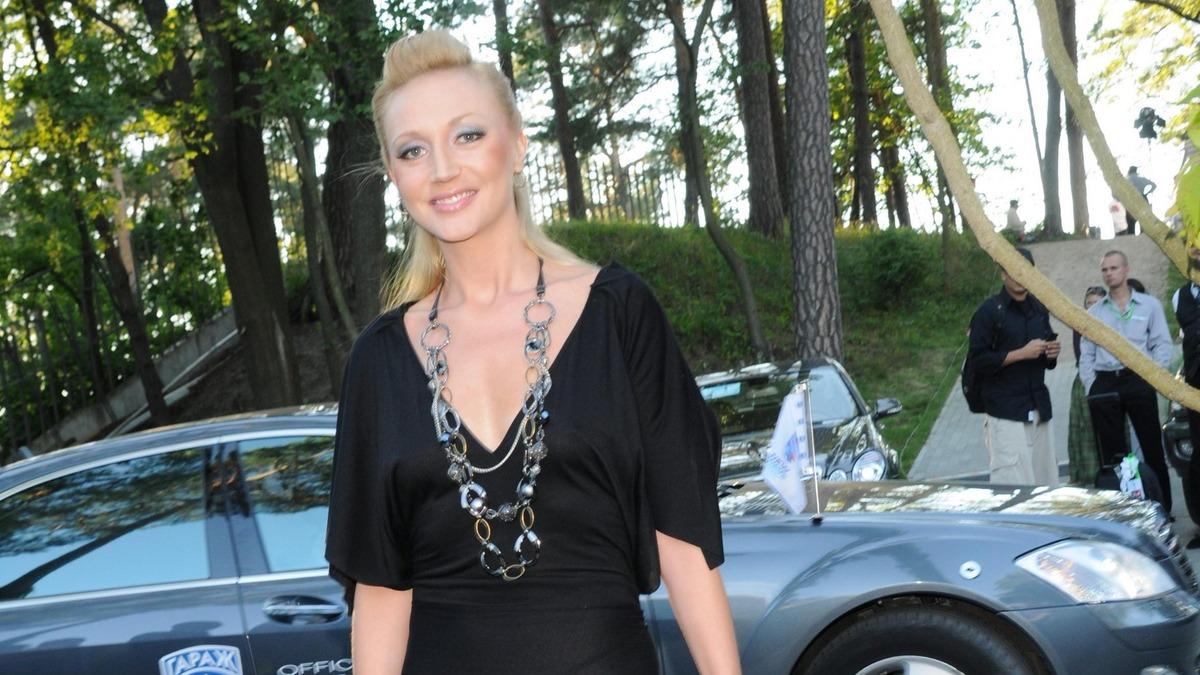 «Позорно слушать»: «бесталанная» внучка Пугачевой довела фанатов бабушки