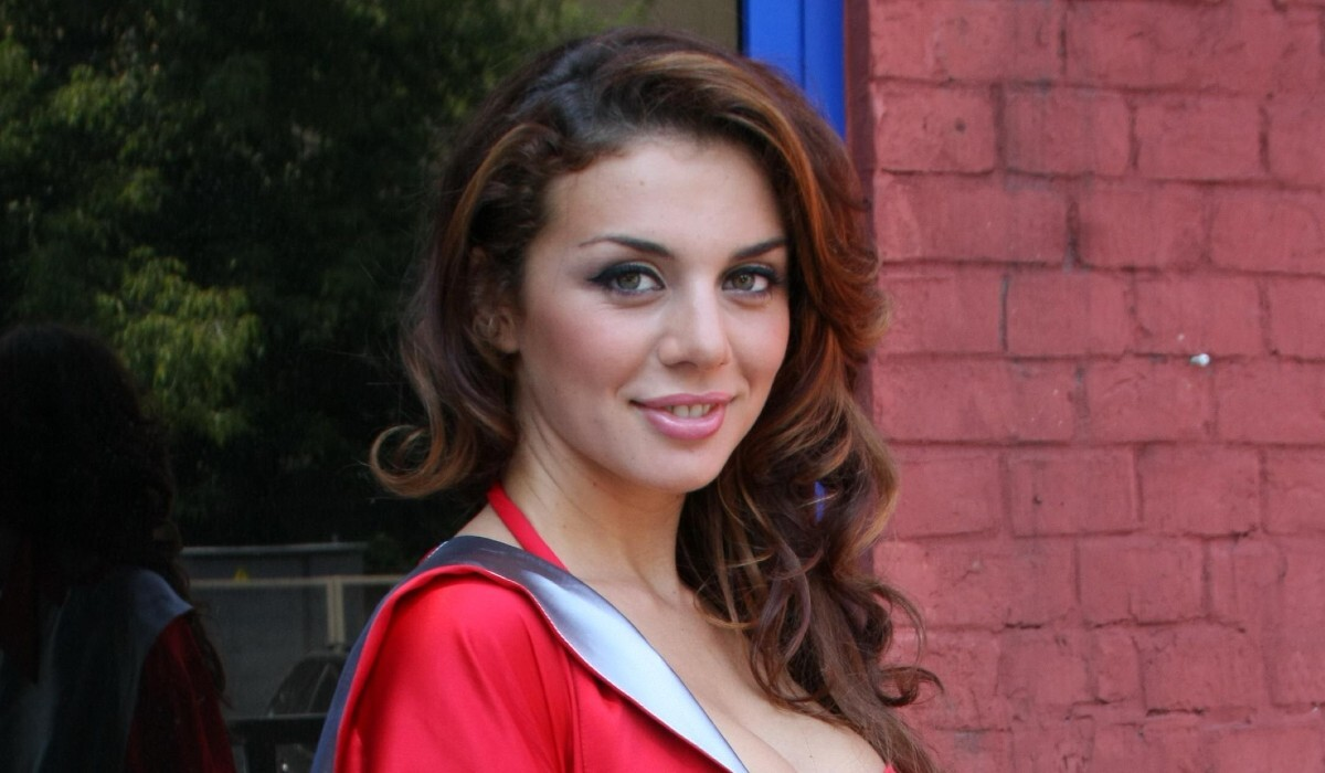 Седокова показала свои настоящие волосы: «Столько раз дразнили»