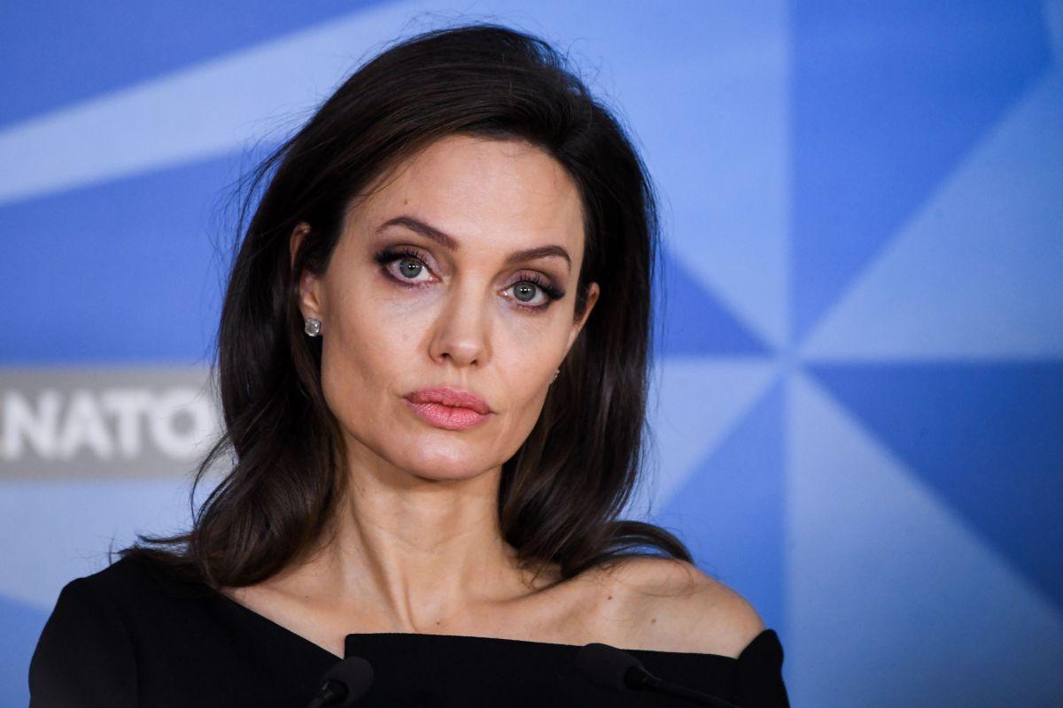 Сценарист «Невесты Франкенштейна» намекнул, что Анджелина Джоли выбыла из проекта