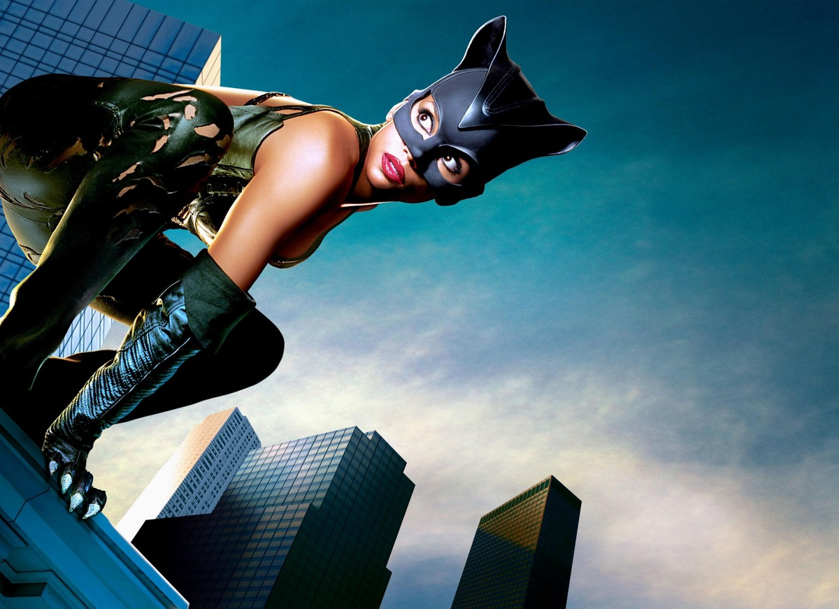 Нотка киношного сексизма: за что ненавидят фильмы про женщин-супергероев