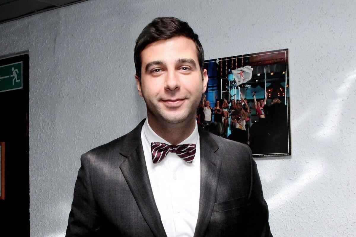 20 сантиметров: Иван Ургант поразил зрителей своего шоу дефиле на каблуках