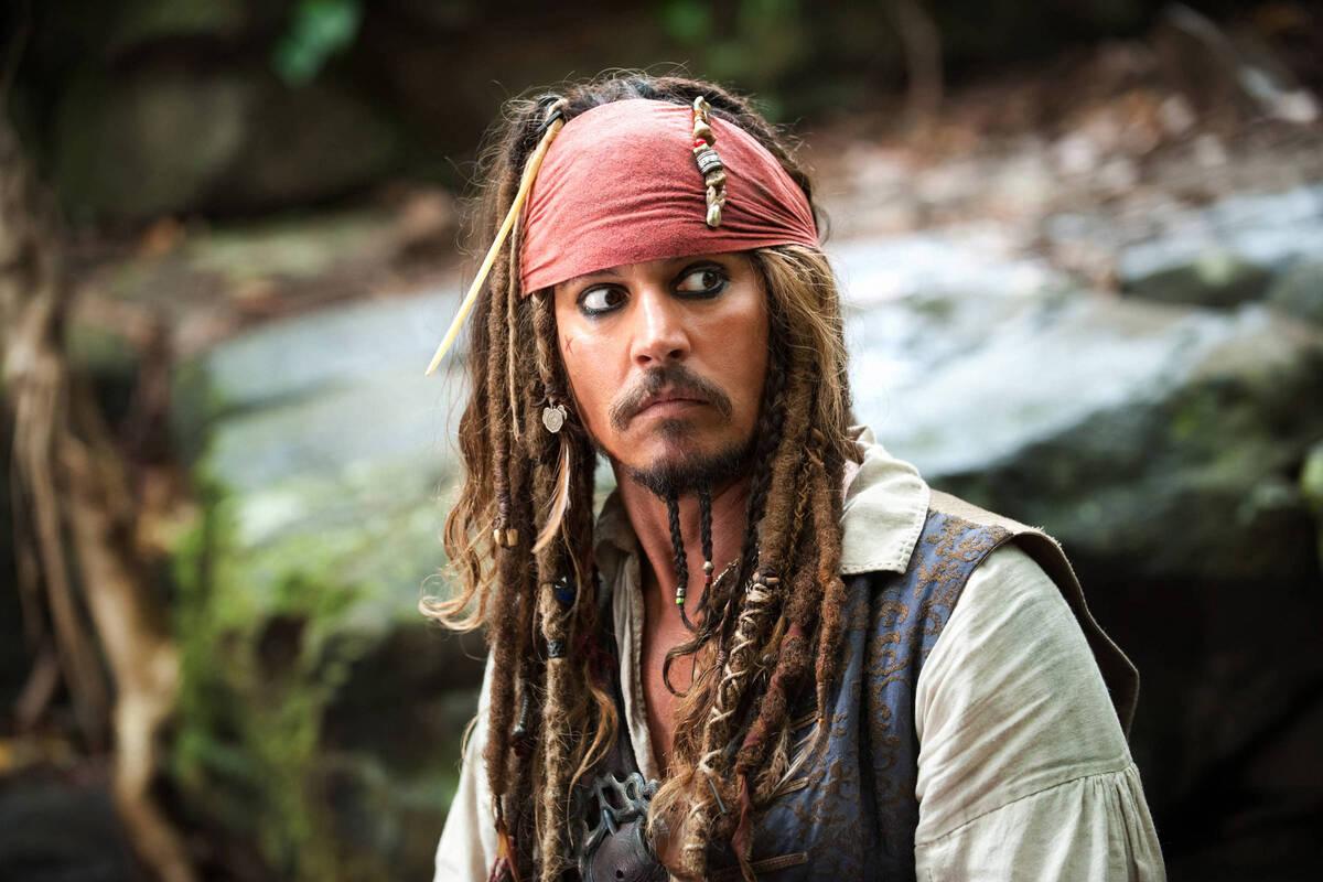 Слух дня: Disney может вернуть Джонни Деппа в «Пиратах Карибского моря»