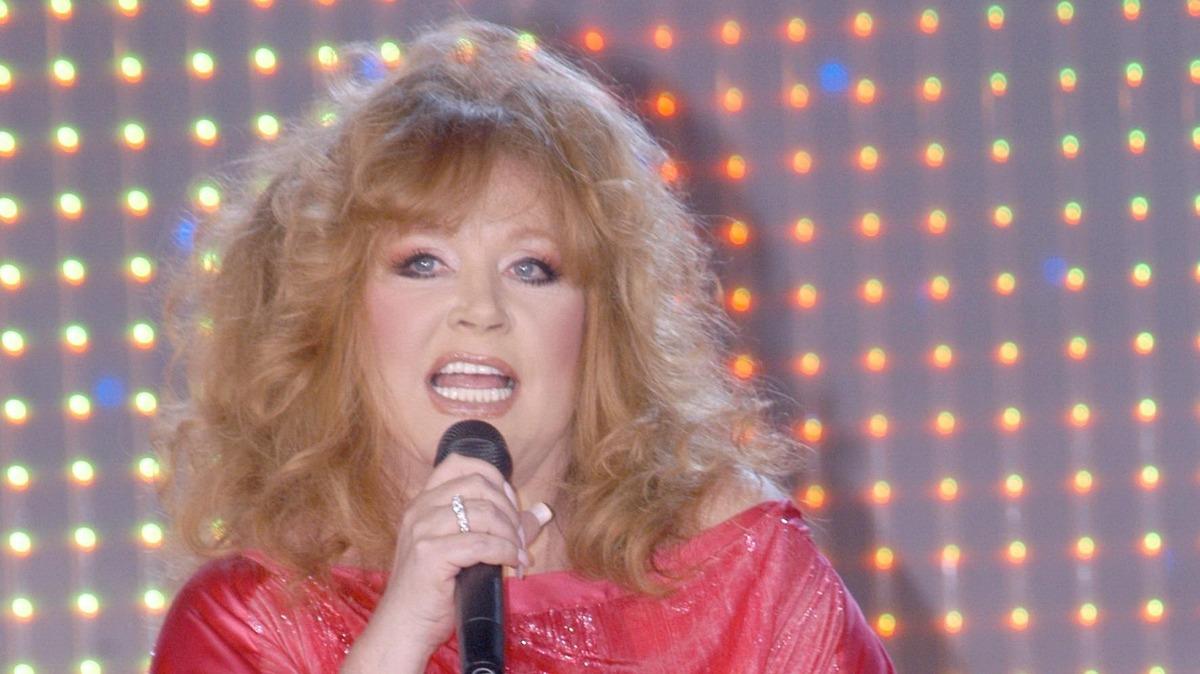 «Не дала спеть и двух нот»: известная актриса обвинила Пугачеву в провале на «Фабрике звезд»