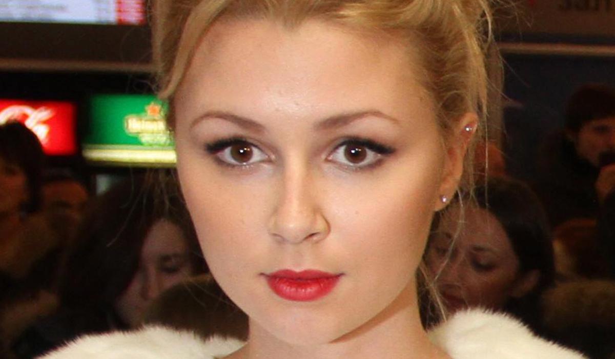 «Дыра в груди зарастет»: дочь Заворотнюк хочет сбежать из страны