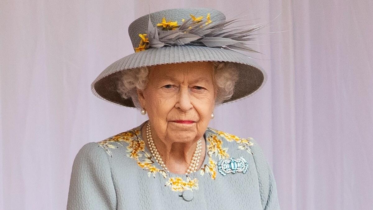 Заткнет рот внуку: королева решила перестать терпеть выходки принца Гарри