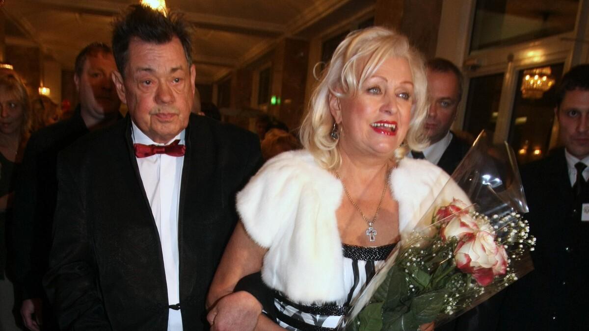 «Горько до слез»: вдову Караченцова Поргину постигло страшное испытание