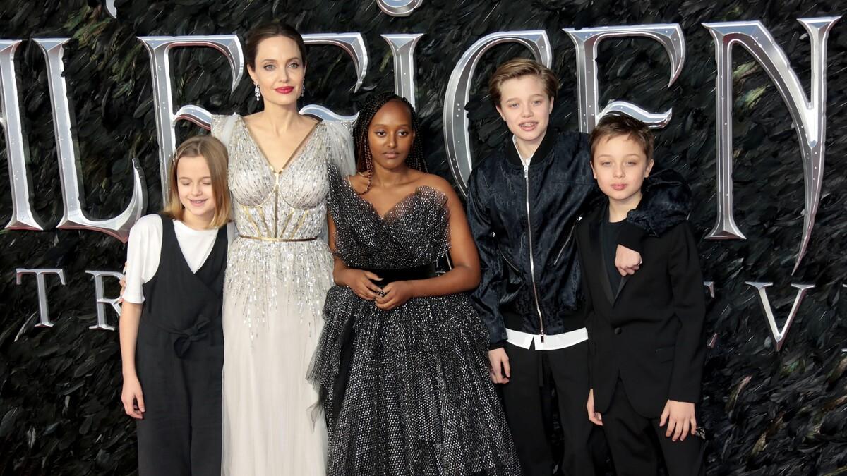 Не смогла отвоевать детей: Джоли никогда не простит Питта за победу в суде