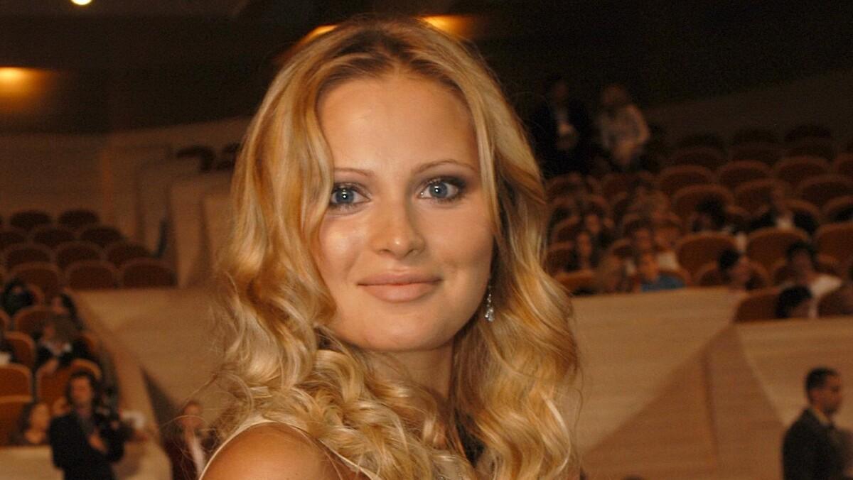 «Это Полина?»: Борисова вывела в свет «почерневшую» дочь