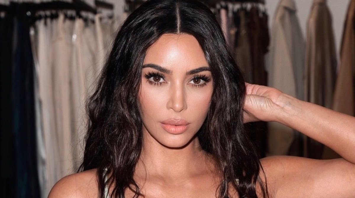 «Это не про стиль и моду»: раскрыта тайна наряда Ким Кардашьян