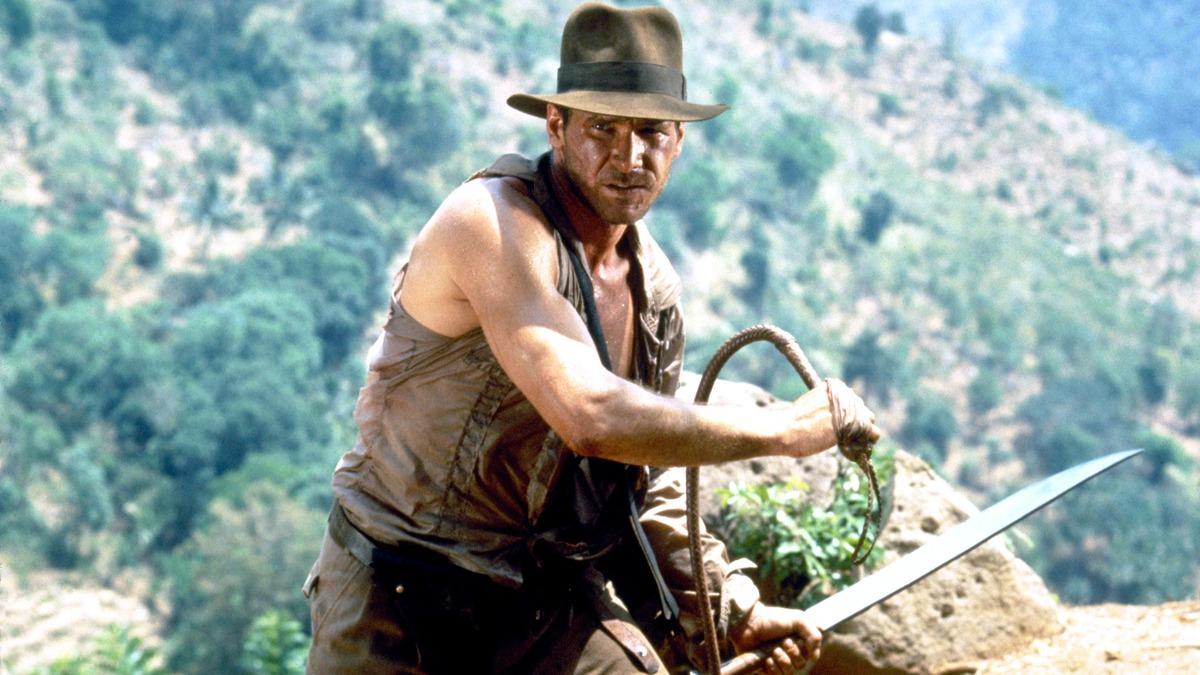Скучать не придется: первые фото со съемок пятого «Индианы Джонса» появились в Сети