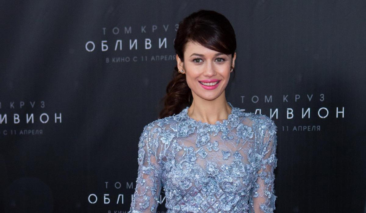 «У меня маленькая грудь»: 40-летняя Ольга Куриленко дала отпор хейтерам в сети