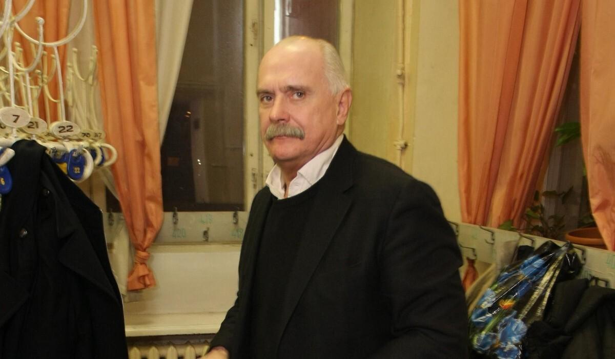 От 200 тысяч в день: Михалков раскрыл зарплаты Бортич, Деревянко и Лапенко